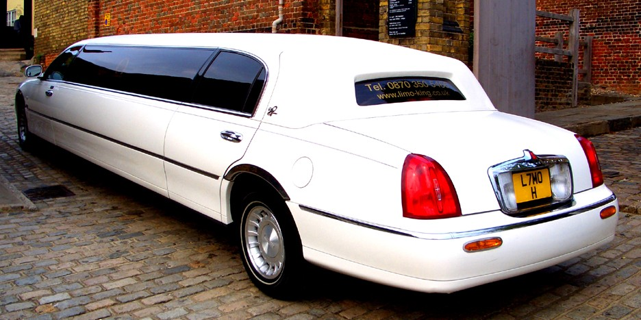 upnor castle wedding car